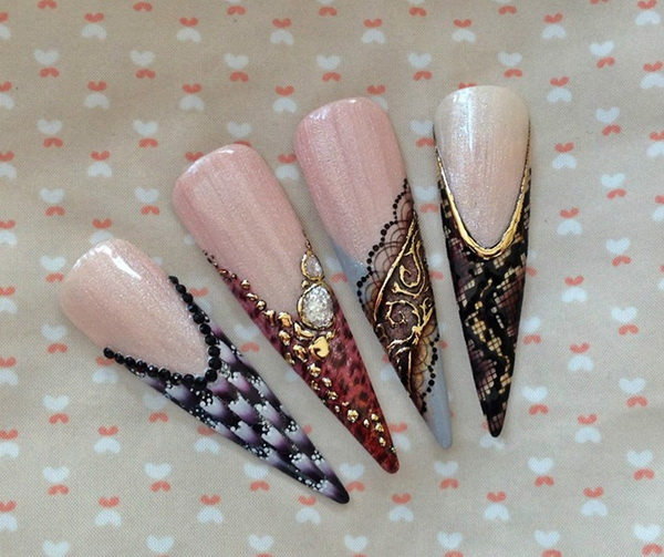 Nailart On Tips 2 Page