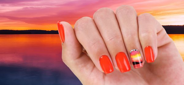 Summer is the season of nail problems - Here are 3+1 tips on how to avoid them